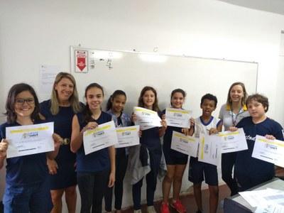 Entrega dos certificados das Olimpíadas do Saber