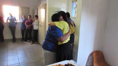Amigos e funcionários homenageiam Margareth Carvalho que se aposenta após mais de 20 anos de dedicação